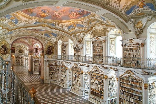 Как выглядят самые красивые библиотеки мира