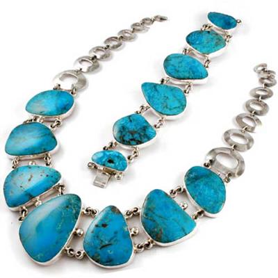 комлект набор украшений с крупными камнями из бирюзы колье и браслет