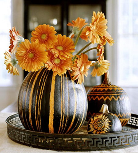 Как украсить интерьер дома тыквами?