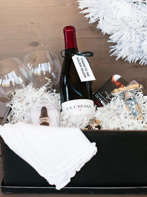 Как составить сладкую подарочную корзину на Новый год
