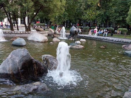 Как выглядят самые красивые фонтаны Москвы. Часть 2