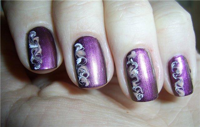 Рисунки на ногтях иголкой делаются очень просто и быстро, главное запастись большим количеством различных.
