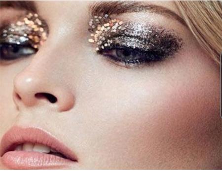 Как сделать модный макияж для новогодней ночи