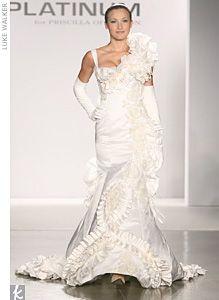 атласное дизайнерское платье