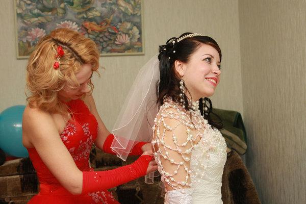Шикарные платья jim hjelm 2010 для свидетельницы, подружек невесты.