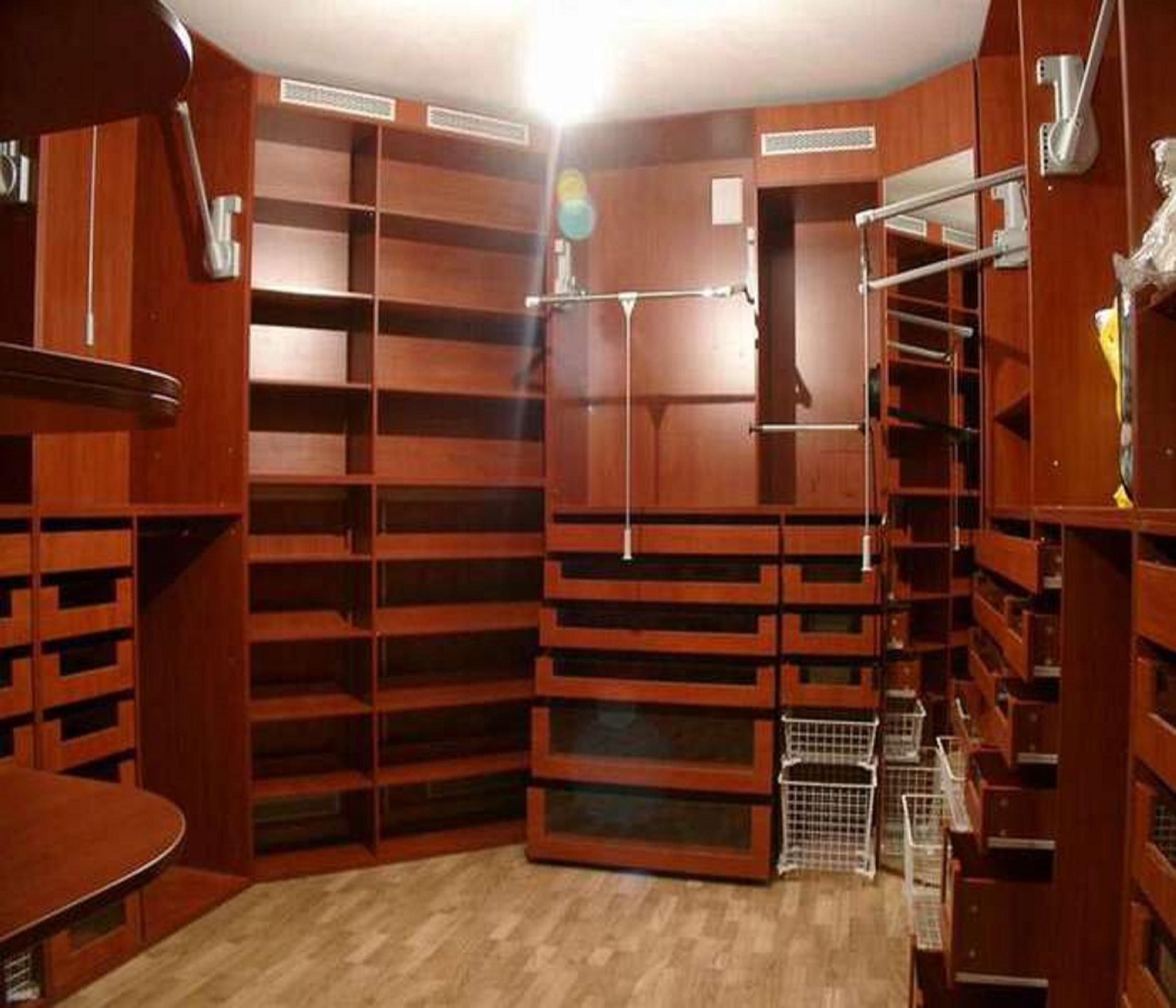Гардероб, гардеробная комната, гардеробные системы, мебель в.