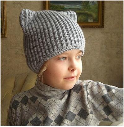 Вяжем шапочку для мальчика спицами с ушками