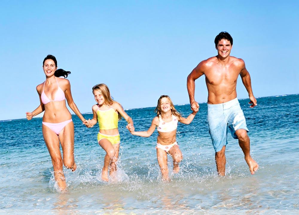 Как избежать неприятностей, оправляясь на зарубежный курорт с ребенком