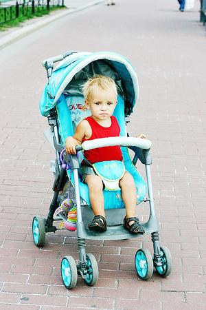 Как обезопасить пребывание ребенка на солнце