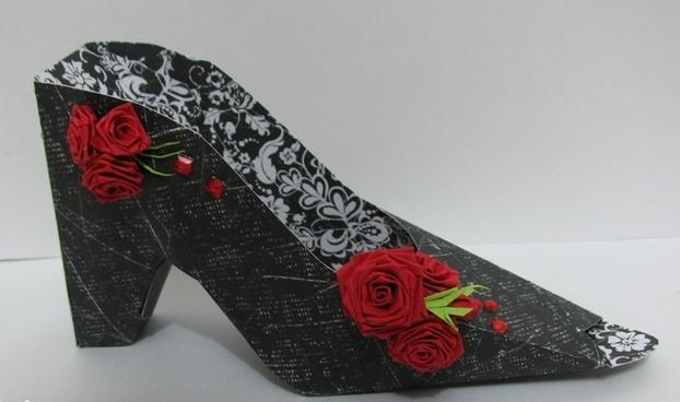 Открытка туфля на 8 марта