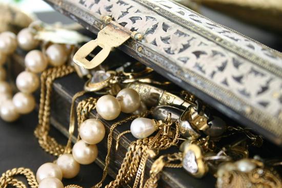 Как навести порядок в доме и избавиться от ненужных вещей