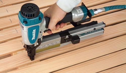 Как выбрать строительный степлер?