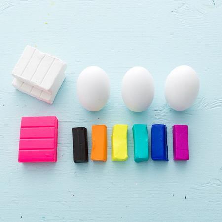 Как сделать подставку для яйца из полимерной глины?