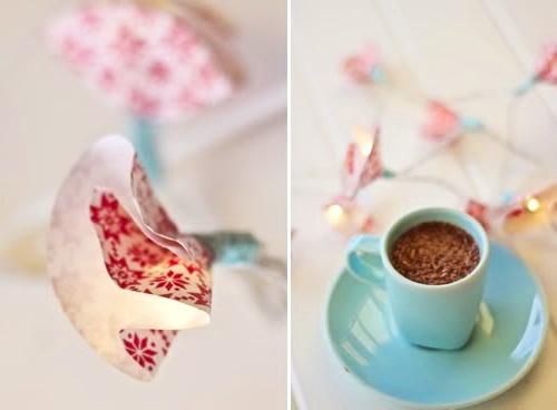 Как легко украсить новогоднюю гирлянду бумажным декором?