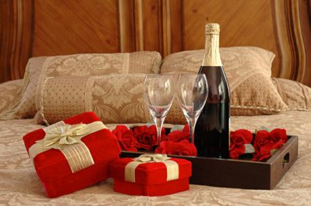 Как сделать незабываемый подарок любимой женщине?