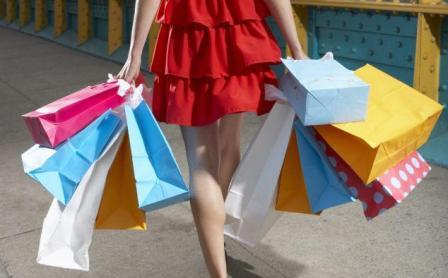 Как экономить на одежде, но оставаться на пике модных тенденций