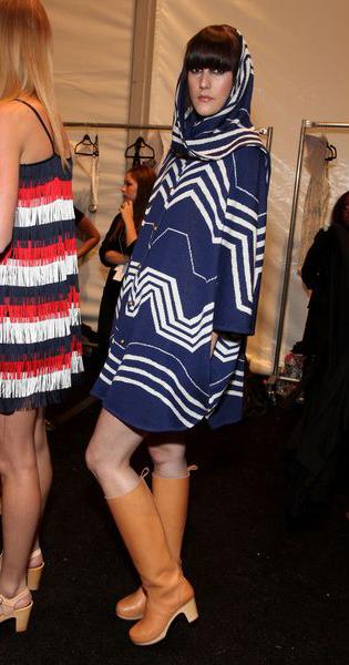 Богемное пончо-платье