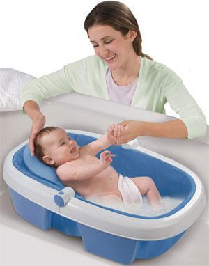 Как выбрать средства для купания ребенка