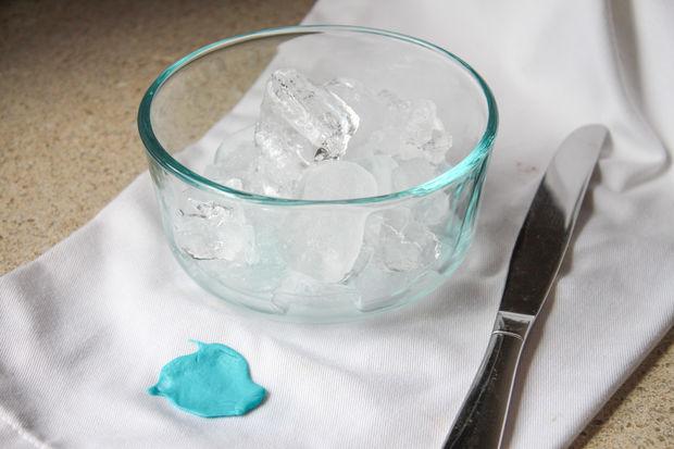 Как можно использовать кубики льда необычным способом?