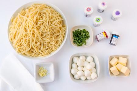 Как сделать радужное спагетти своими руками?