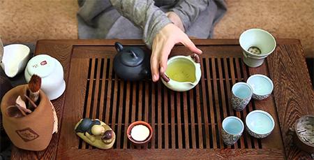 Как провести чайную церемонию дома