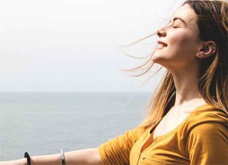 Как быстро улучшить настроение: 20 работающих способов