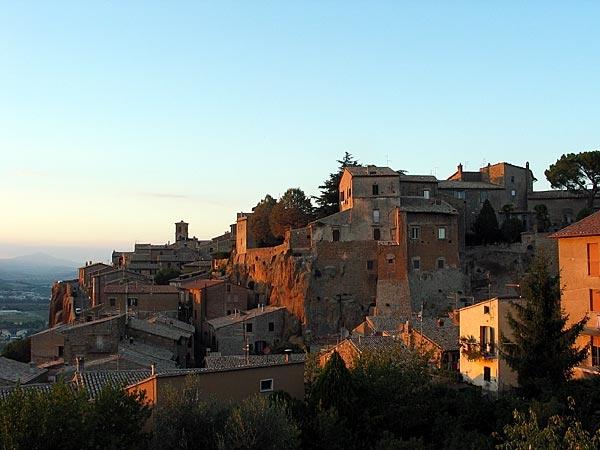 Орвието, город Италия крепость