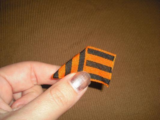 Как сделать брошь из георгиевской (гвардейской) ленты ко дню Победы