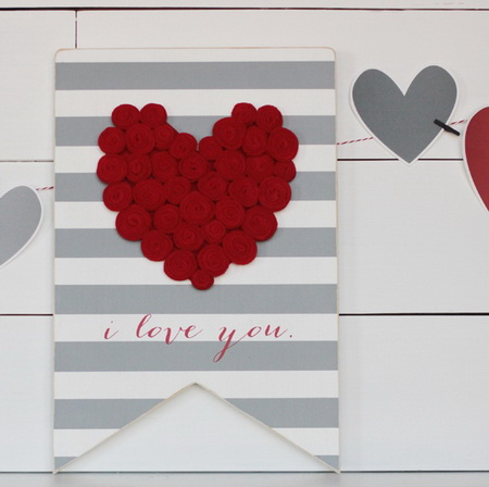 Как быстро украсить комнату на День Влюбленных?