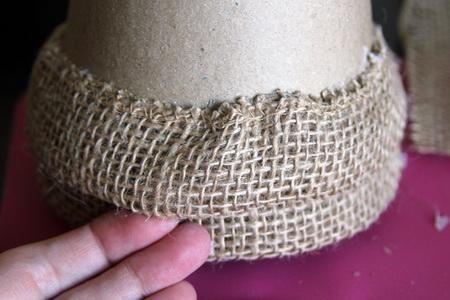 Как своими руками сделать елку из мешковины?