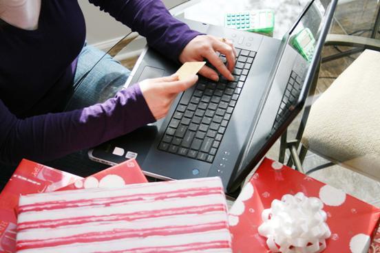 Как правильно распределить бюджет и сэкономить в новогодние праздники