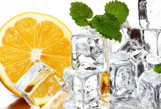 кубики льда лимон мята
