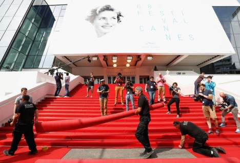 Как выглядели звезды на открытии Каннского фестиваля 2015