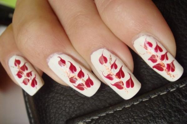 рисунки на ногтях иголкой лепестки листики маникюр