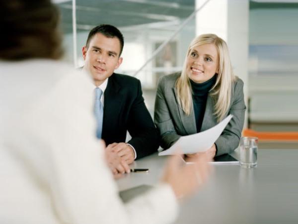 В банке долгая процедура, и потом могут отказать.  Как можно взять кредит в иностранном...