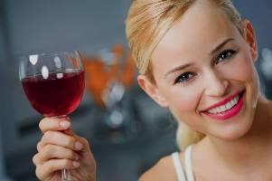 Как приготовить домашнее шампанское?