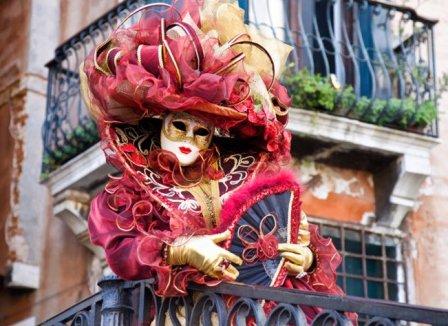 Как проходит знаменитый венецианский карнавал