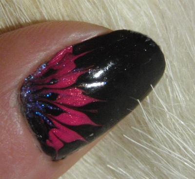 рисунки на ногтях лепестки в уголках