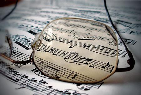 Как обучать малыша музыке?