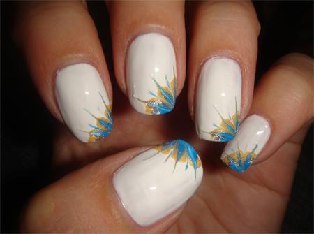 рисунки на ногтях орнамет узор в уголках лепестки