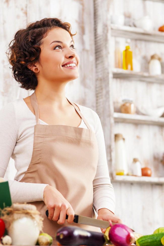 Как быстро почистить лук без слез: 15 дельных советов