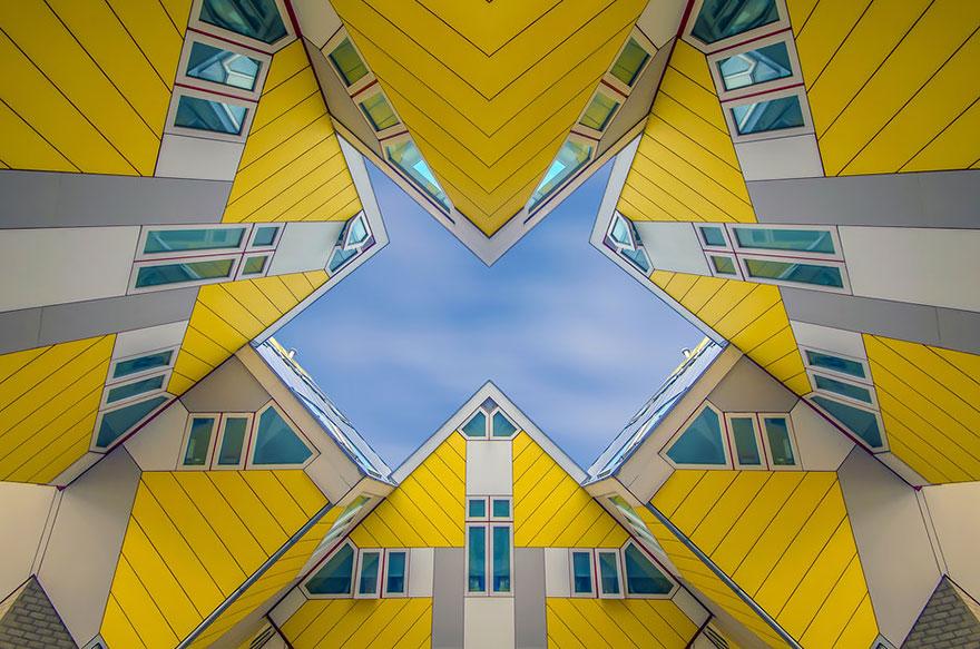 Дом, составленный из кубов в Роттердаме
