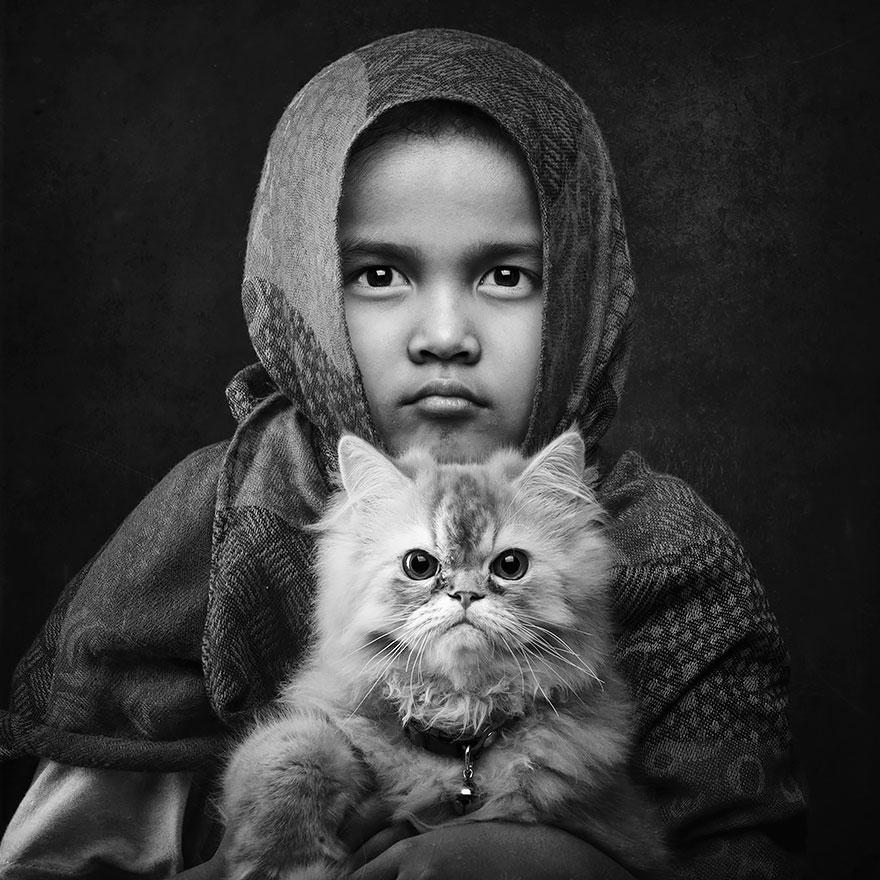 девочка и кот - любовь вне времени