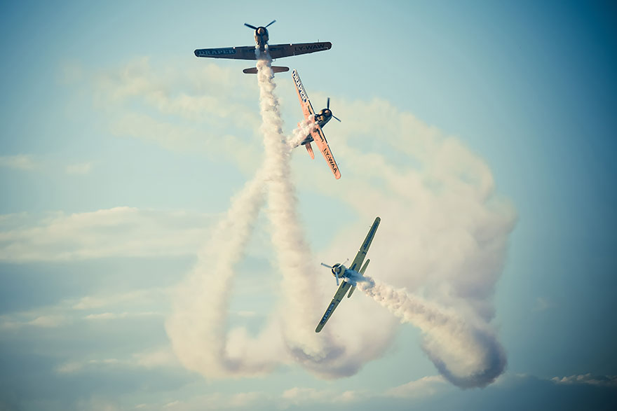 Охота с гончими - самолеты разбивают шоу на авиашоу