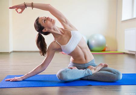 Как начать заниматься йогой: 6 упражнений для начинающих