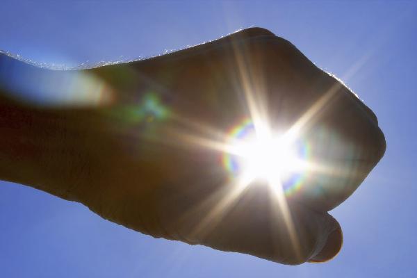 Как бороться с недостатком солнечного света зимой