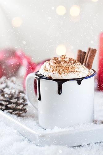Как поднять настроение зимой: 5 простых действий