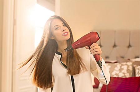 Как правильно расчёсывать и сушить волосы