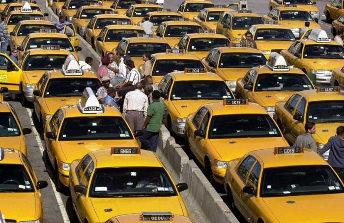 огромная громадная пробка такси