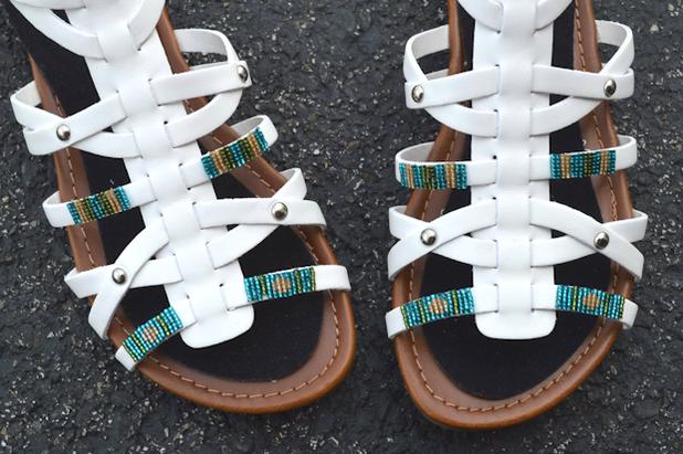 модные сандалии для лета 2014 своими руками, украшаем: тонкие ремешки и бисер